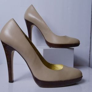 Beautiful Nude Nine West pumps